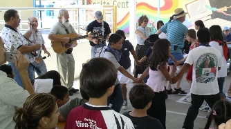 Casitas Kids Dancing to the Music